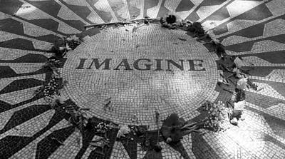 Photograph - Imagine 2015 B W by Rob Hans
