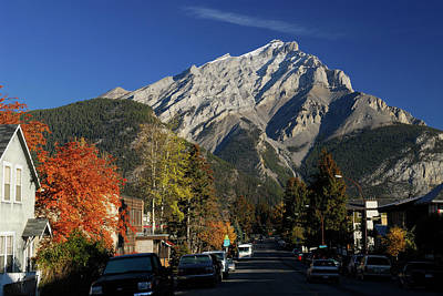 Beaver Photograph - Imposing Cascade Mountain From Beaver Street In Banff In Autumn by Reimar Gaertner