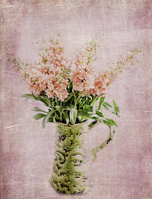 Photograph - In A Vase by Rebecca Cozart