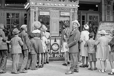 Photograph - In Front Of A Movie Theater, Chicago, Illinois by Anthony Murphy