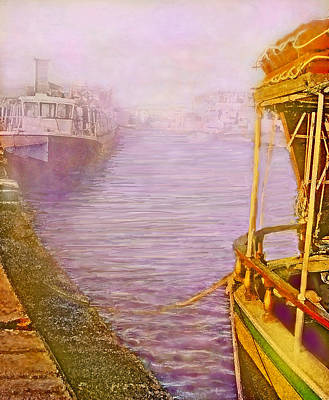 Digital Art - In Home Port by Ian  MacDonald