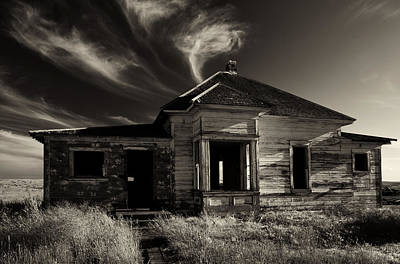 Abandoned Homes Photograph - In Ruin by Mike  Dawson