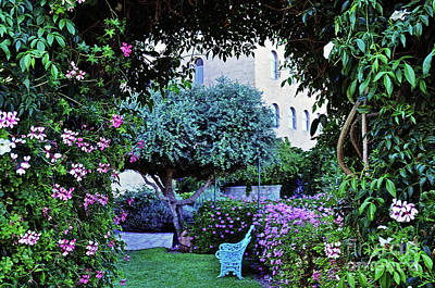 In The Garden At Mount Zion Hotel  Art Print