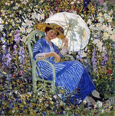 Frescoes Painting - In The Garden by Frederick Carl Frieseke