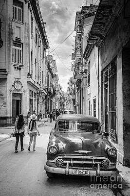 Photograph - In The Street Of La Habana 3 by Olivier Steiner