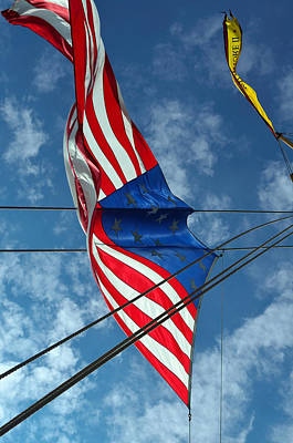 Photograph - In The Wind-pride Of Baltimore II by Richard Ortolano