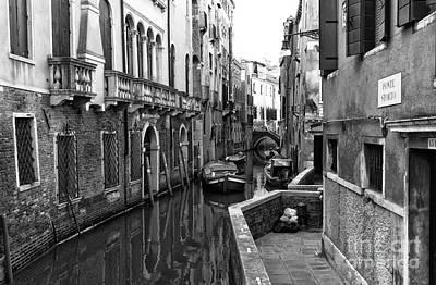 Photograph - In Venezia by John Rizzuto