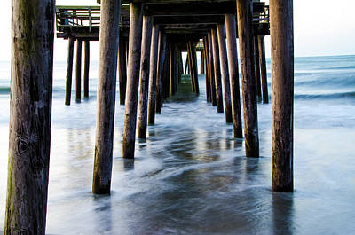 Incoming Tide - 32nd Street Pier Avalon Art Print
