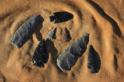 Indian Arrowheads In The Sand Art Print by Ira Block