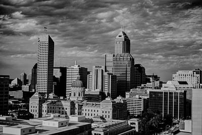 Photograph - Indianapolis Indiana Skyline 19f by David Haskett