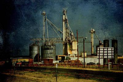 Amarillo Texas Photograph - Industrial Farming In Texas by Susanne Van Hulst