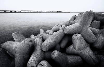 Photograph - Wave Control by Wayne Sherriff