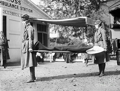 Photograph - Influenza Epidemic, 1918 by Granger