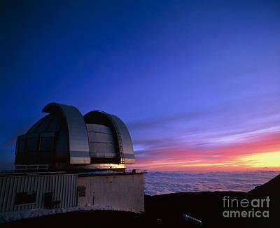 Infrared Telescope On Mauna Kea Art Print