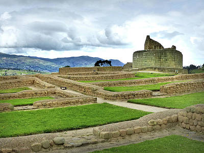 Photograph - Ingapirca Incan Ruins 53 by Jeff Brunton