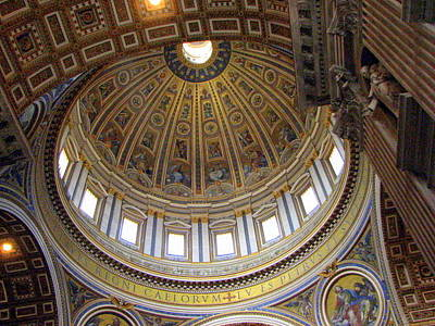 Photograph - Inside St. Peters by T Guy Spencer
