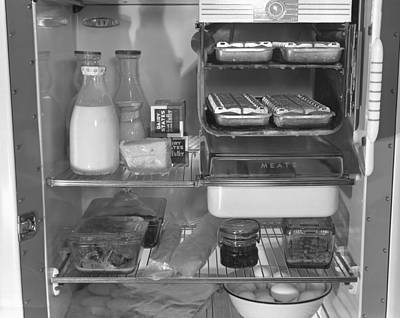 Rire Photograph - Interior Of A 1940s Refrigerator by Everett