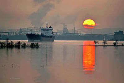 Riverstone Gallery Photograph - International Sunset by Allyson Schwartz