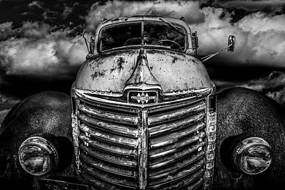 Photograph - International Truck 1 by Michael Arend