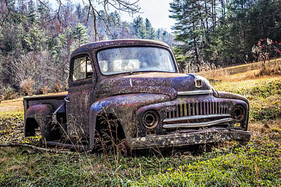 Photograph - International Truck by Debra and Dave Vanderlaan