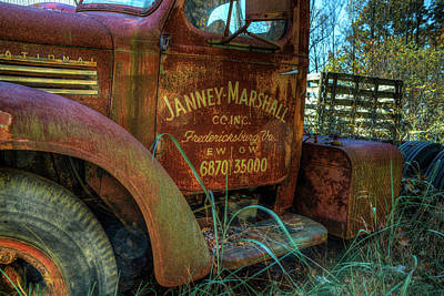 Photograph - International Truck by Jerry Gammon