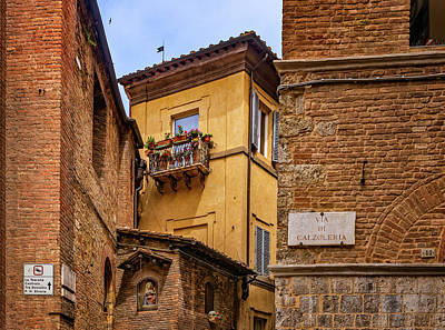 Photograph - Intersecting Passageways In Siena by Carolyn Derstine