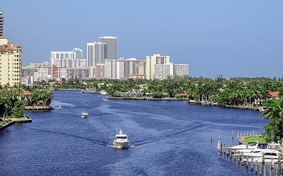 Photograph - Intracoastal Lifestyle by Keith Armstrong