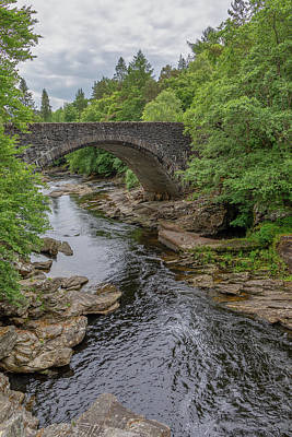 Photograph - Invermoriston Bridge 0423 by Teresa Wilson