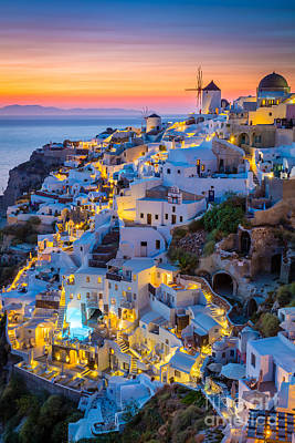 Oia Sunset Art Print by Inge Johnsson