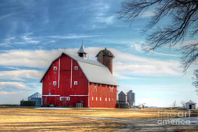 Iowa Farm Photograph - Iowa Barn by Rick Mann