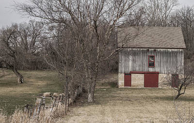 Photograph - Iowa Barn by Wendy Carrington