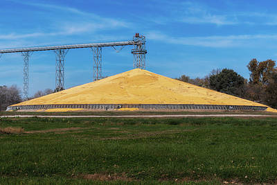 Photograph - Iowa Corn Pile by Edward Peterson