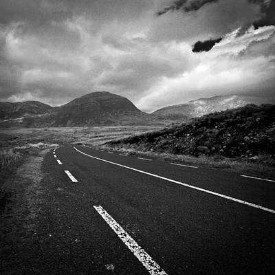 Photograph - Irland 44 by Avril Christophe