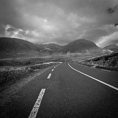 Photograph - Irland 45 by Avril Christophe