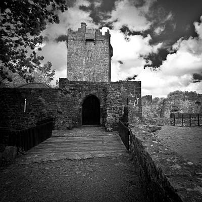 Photograph - Irland 49 by Avril Christophe