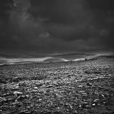 Photograph - Irland 57 by Avril Christophe