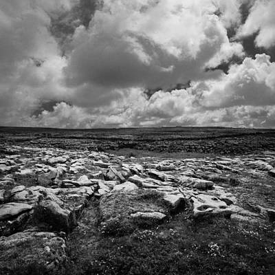 Photograph - Irland 60 by Avril Christophe