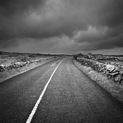 Photograph - Irland 62 by Avril Christophe