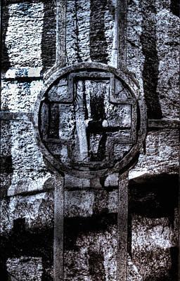 Cross-bar Photograph - Iron Cross by Scott Wyatt