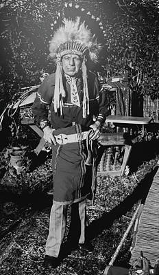 Iron Eyes Cody Photograph - Iron Eyes Cody At Home by Susan Crowell
