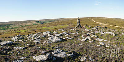 Photograph - Iron Howe On Cow Ridge by Gavin Dronfield