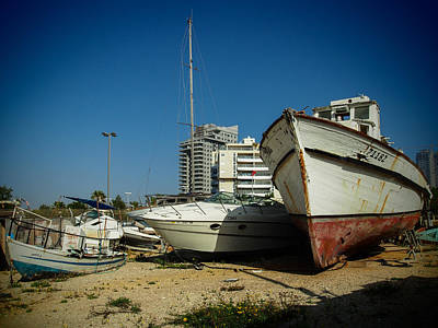 Photograph - Island Of Abandoned Ships 11 by Mark Perelmuter