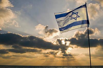 Israeli Flag And Sunset Print by Daniel Blatt