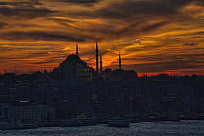 Istanbul Sunset - A Call To Prayer Art Print by David Smith