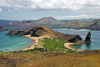 Galapagos Islands Photograph - Isthmus Isla Bartolome by Ecuador Images