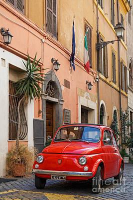 Trastevere Photograph - Italia 500 by Richard Thomas