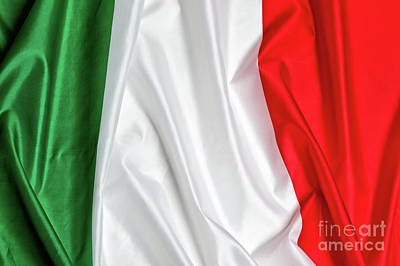 Photograph - Italian Flag Background by Gualtiero Boffi