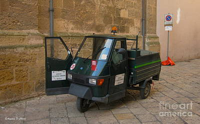 Photograph - Italian Garbage Truck by Italian Art