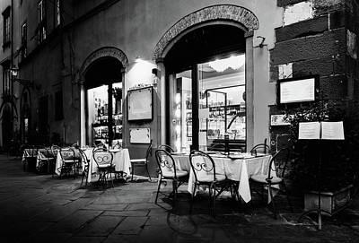 Italian Restaurant In Lucca, Italy Art Print
