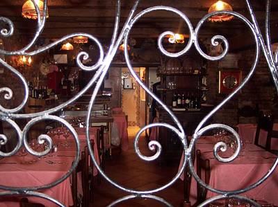 Tableclothes Photograph - Italian Restaurant Venice by Lynda Farrow